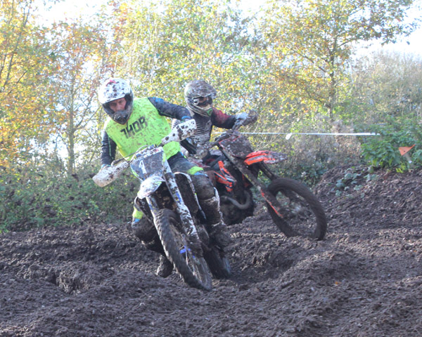 Motocross practice track M42/A42